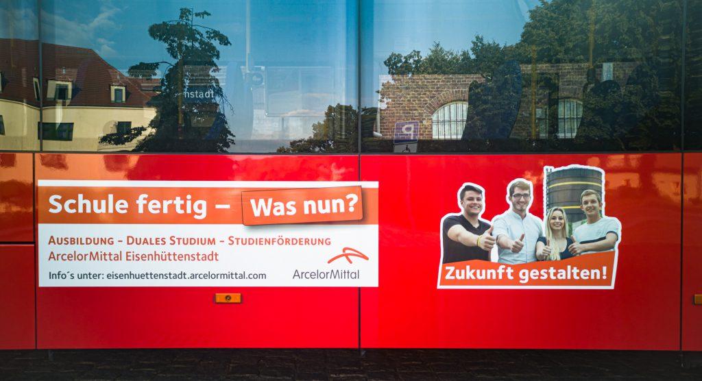 Buswerbung zur Ausbildung bei ArcelorMittel Eisenhüttenstadt